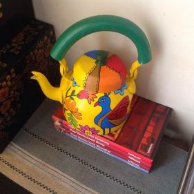 handpainted kettle2