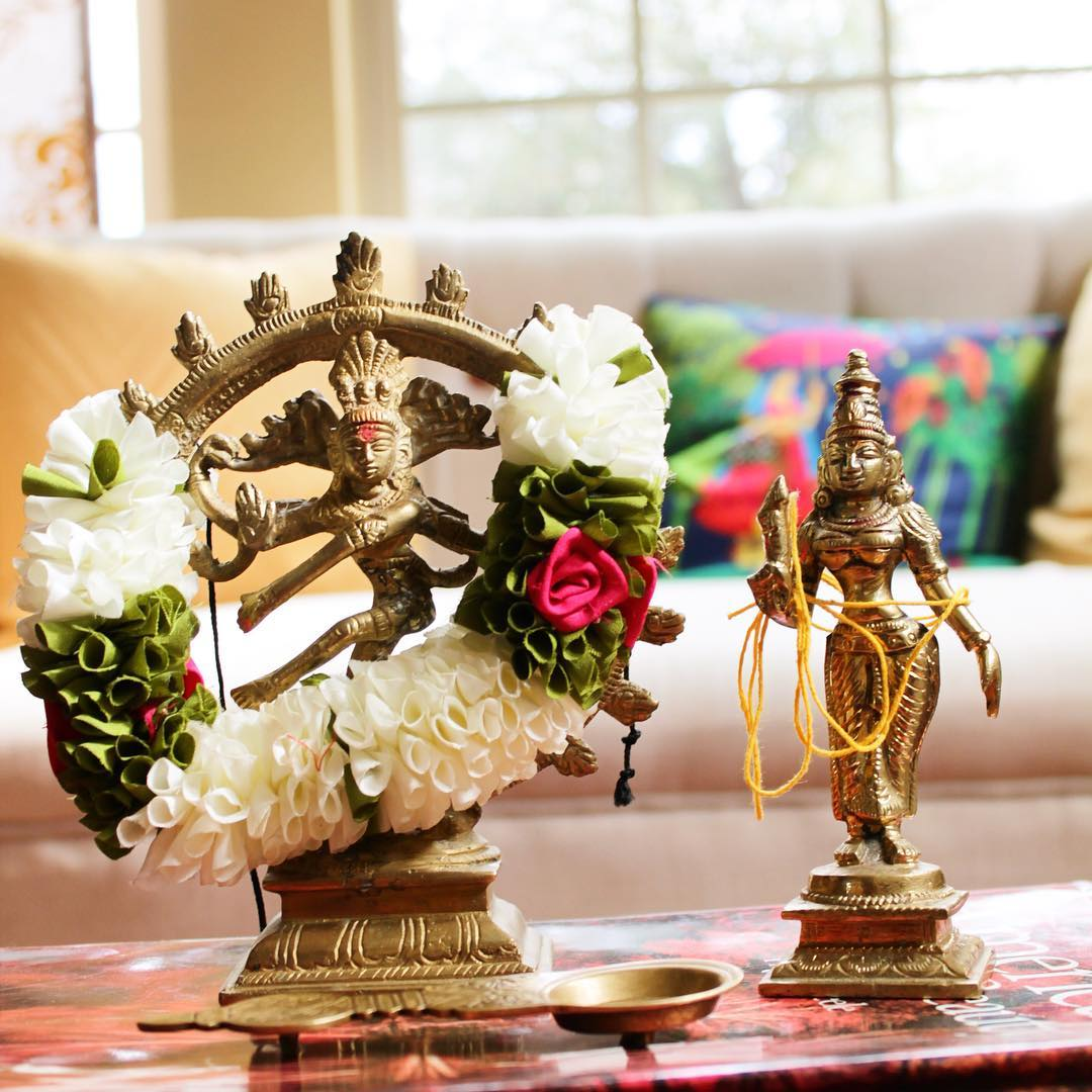 home decor a cauldron full of love harmonious balance of traditional indian sensibilities and modern minimalism b gayathri s dallas home